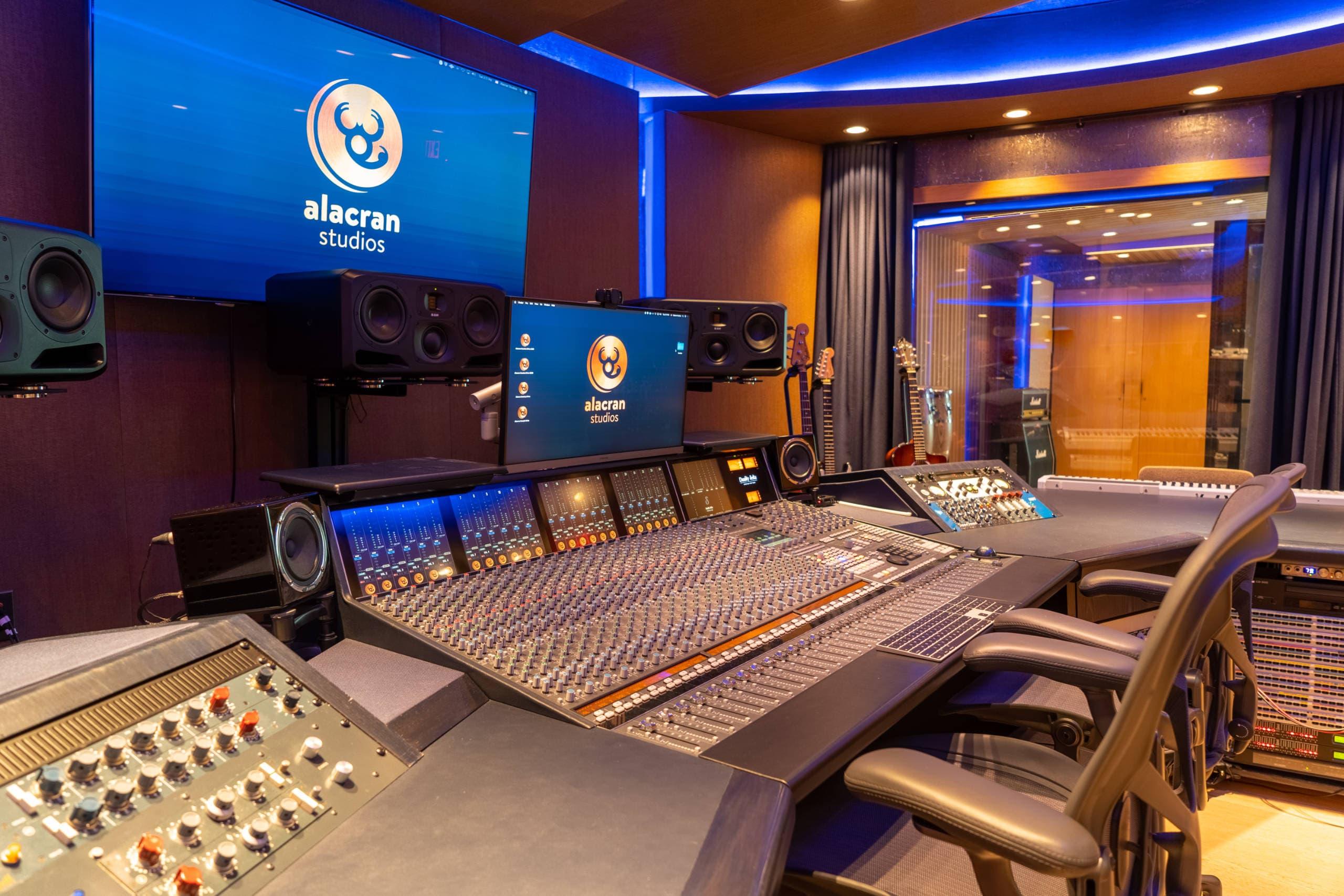 alacran-studio-01
